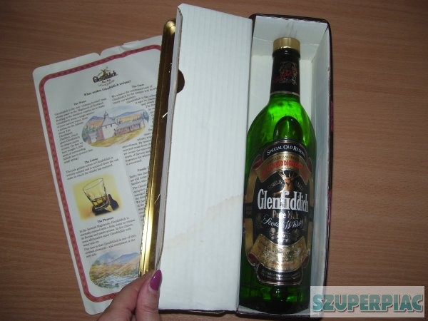 Glenfiddich Special Clan Murray Scotch Whisky